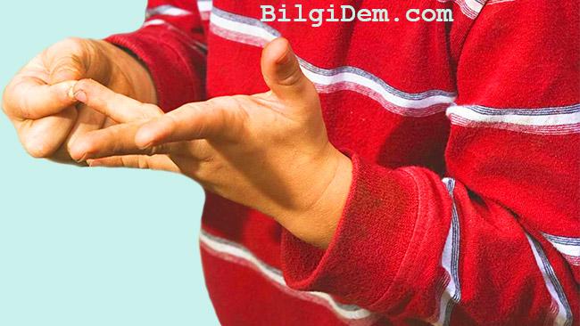 Parmağa Batan Kıymık Nasıl Çıkarılır? Kıymık Çıkarma Yöntemi